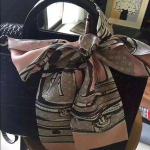 Louis Vuitton bandeau